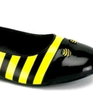 Shoes - Bumble Bee Shoes S 6